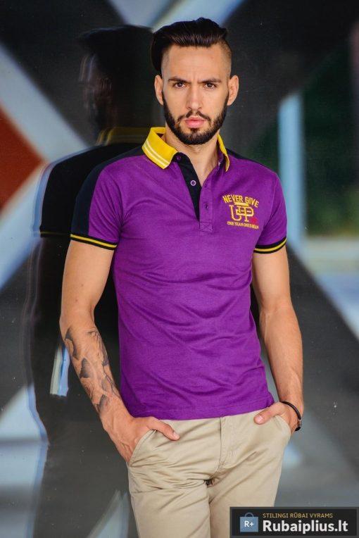 Violetiniai vyriški marškineliai UP