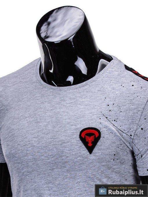 marškinėliai vyrams su aptaškimo dažais aplikacija, madingi vyriški marškinėliai pilkos spalvos, denim kolekcijos vyriški marškinėliai, trumpomis rankovėmis marškinėliai vyrams, klasikiniai vyriški marškinėliai, stilingi marškinėliai vyrams internetu, originalūs vyriški marškinėliai, marškinėliai vyrams spalvos, vyriški marškinėliai su užrašu ir aplikacija, stilingi marškinėliai uz gera kaina, protinga kaina, akcija, nuolaidos rūbams