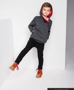 tamsiai pilkas raudonas džemperis vaikams, tamsiai pilkos raudonos spalvos vaikiškas džemperis internetu, džemperis vaikams su gobtuvu, patogus vaikiškas džemperis, džemperis vaikams užsegamas užtrauktuku su kišenėmis, vaikiškas džemperis laisvalaikiui, vaikiškas džemperis užsegamas užtrauktuku, originalūs vaikiški džemperiai, vaikiškas bliuzonas internete, bliuzonas vaikams su gobtuvu, vaikiškas bliuzonas su kapišonu stilingas, elegantiskas bliuzonas vaikams, vaikiškas megztinis internetu, kokybiškas džemperis vaikams, madingi vaikiški džemperiai, vaikiškas džemperis sportui, vaikiškas džemperis krepšiniui, vaikiškas džemperis futbolui, vaikiški džemperiai už protigna kaina, akcija, nuolaidos