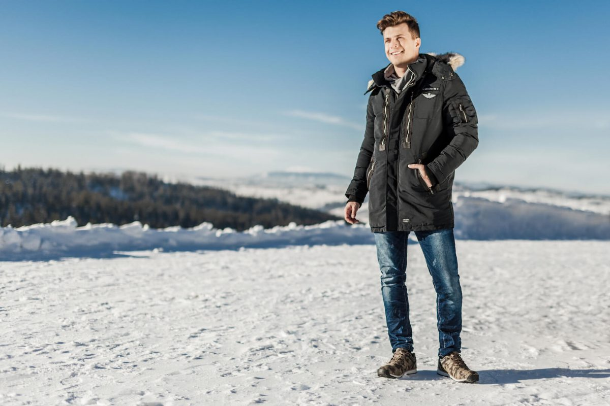 VYRIŠKOS žieminės STRIUKĖS ALASKA atsiradimas internetu